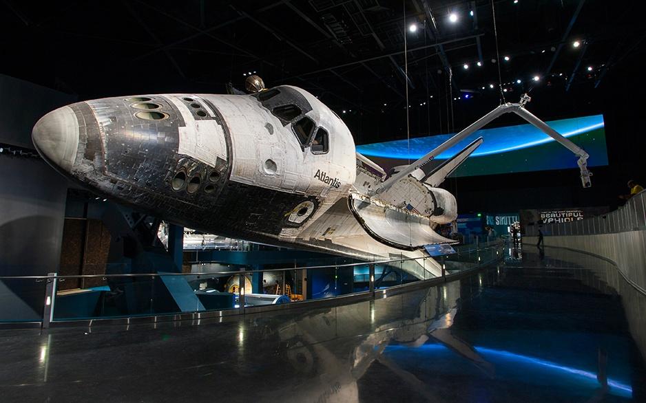 92_615_en_space_shuttle_atlantis_05
