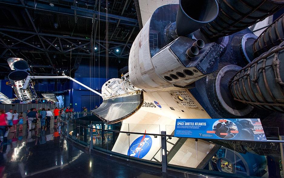 92_617_en_space_shuttle_atlantis_07